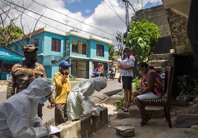 Lidian entre la pandemia y la temporada de huracanes