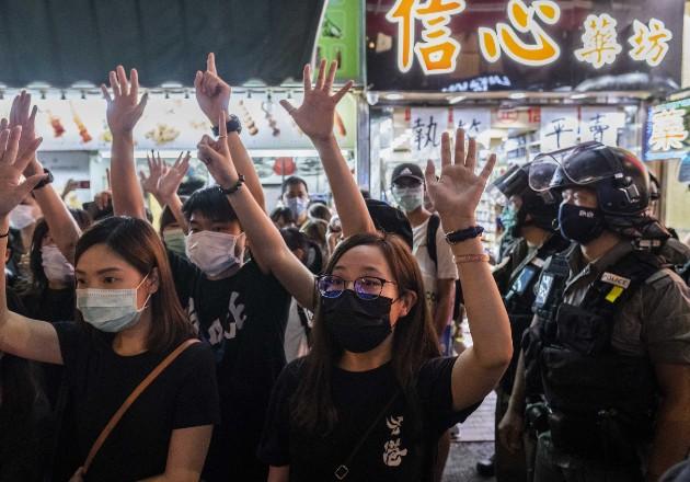 """James Liu, """"rosita"""" autoproclamado, condenó las protestas en Hong Kong, que él vio como intento por dividir a China. Foto / Lam Yik Fei para The New York Times."""