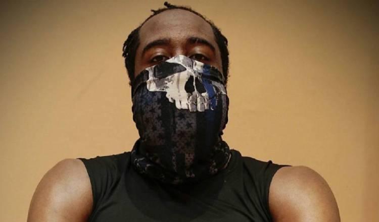James Harden se defiende por usar mascarilla con el cráneo de Punisher