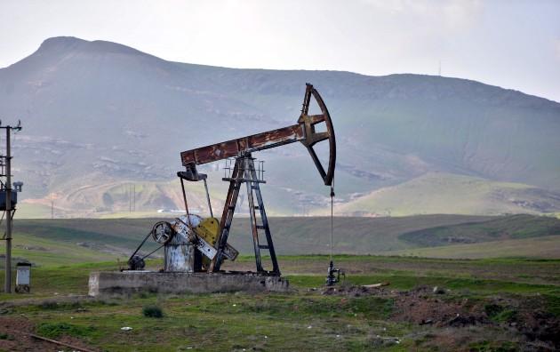 El petróleo de Texas aumenta un 0.5% impulsado por el dólar