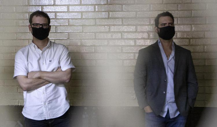 'Secuestran' credenciales de los hermanos Ricardo Alberto y Luis Enrique Martinelli Linares