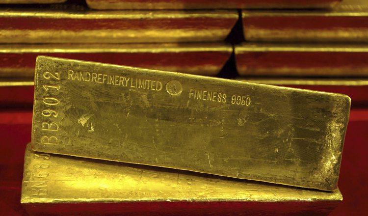 El oro, a punto de superar su precio máximo histórico