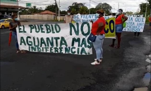 Pacientes de hemodiálisis de la Caja de Seguro Social en Colón protestan exigiendo insumos