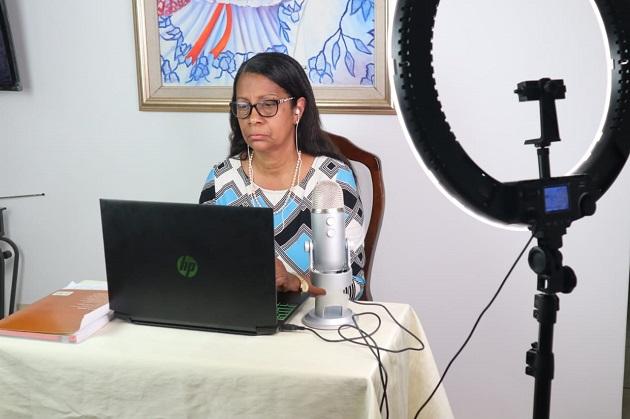 Matilde Flores: Me tocó dejar el pupitre y ponerme en la silla a escuchar y entender