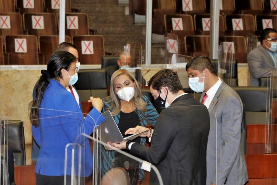 Presentan proyecto para usar parte del subsidio a los partidos político para afrontar la pandemia