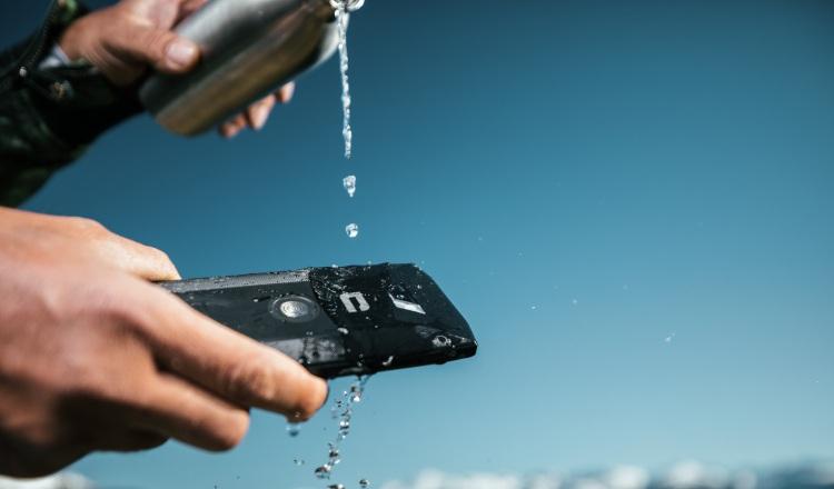 Lavarse las manos, y ¡lavar el celular!, refuerzan nuestra seguridad contra la COVID-19