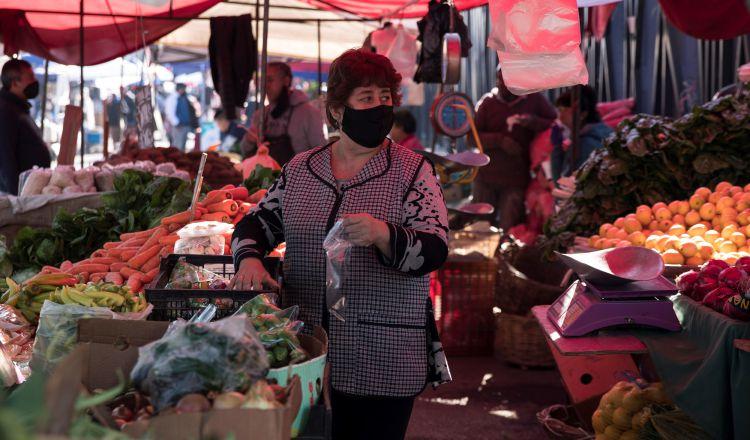 Economía chilena se desploma 12.4 por ciento