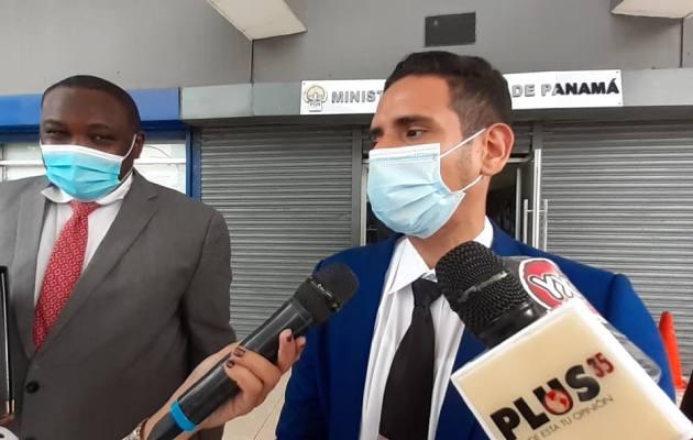 Abogado Kevin Moncada interpone querella penal contra fiscal de drogas, Elena Cossú