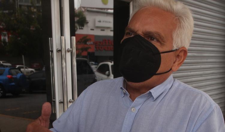 'Déjenme la vida en paz', exige Jaime Lasso a periodistas que lo interrogan por el caso Odebrecht