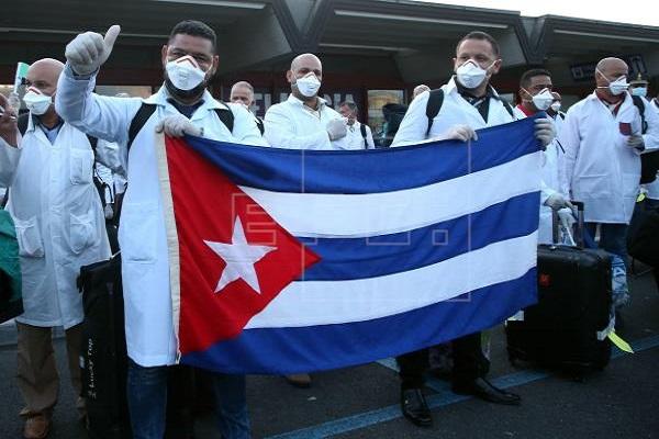 Posible llegada de médicos cubanos a Panamá, entre el rechazo y el optimismo