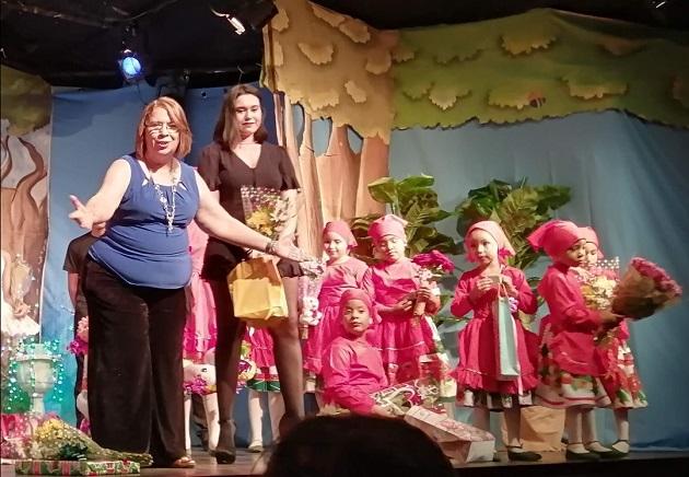 Xóchitl McKay es la directora del Teatro Infantil Tía Dora.