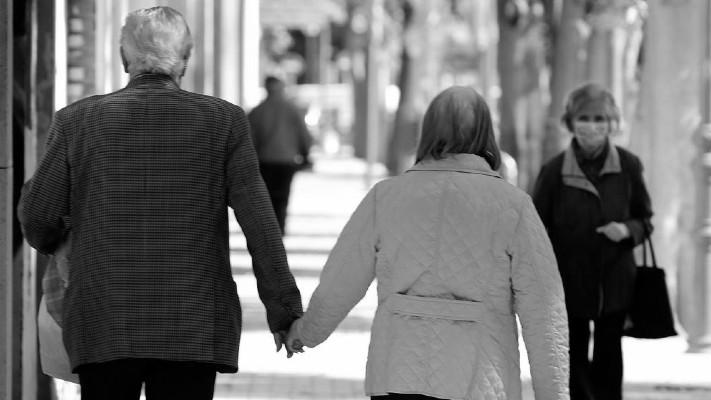 Papel de los adultos mayores en la sociedad