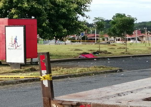 Hombre muere en tiroteo en Altos del Tecal en el distrito de Arraiján