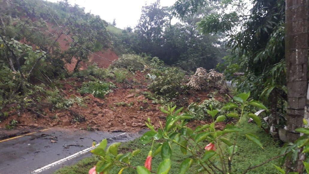 Mantienen alerta por paso de Onda Tropical #30 que genera condiciones climatológicas inestable