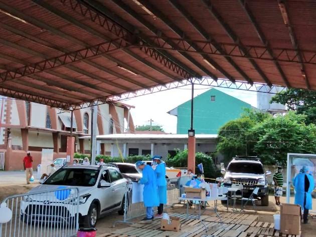 En el distrito de Chepo, para una eficaz detección del virus, se instaló un centro auto rápido para hisopados.