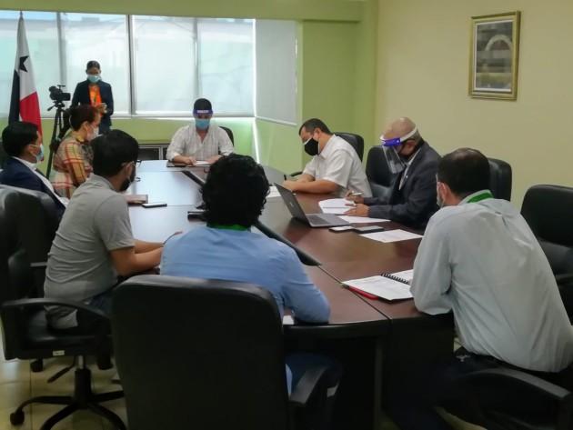 Citan a Urbalia Panamá S.A. ante emanación de malos olores desde Cerro Patacón