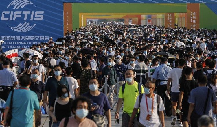 Xi Jinping: China importará más servicios para impulsar recuperación