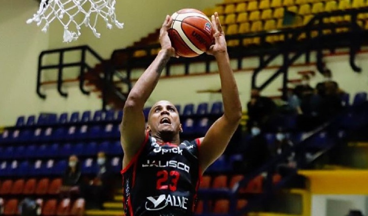 La deuda por cobrar de Ernesto Oglivie en la Liga Mexicana de Baloncesto