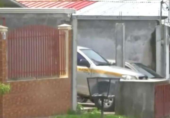 Antai abre investigación contra funcionario que transportaba bebidas alcohólicas en un auto del Estado