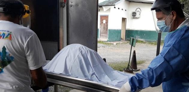 Llegan a Chiriquí los restos óseos encontrados en una fosa clandestina en la Comarca Ngäbe Buglé