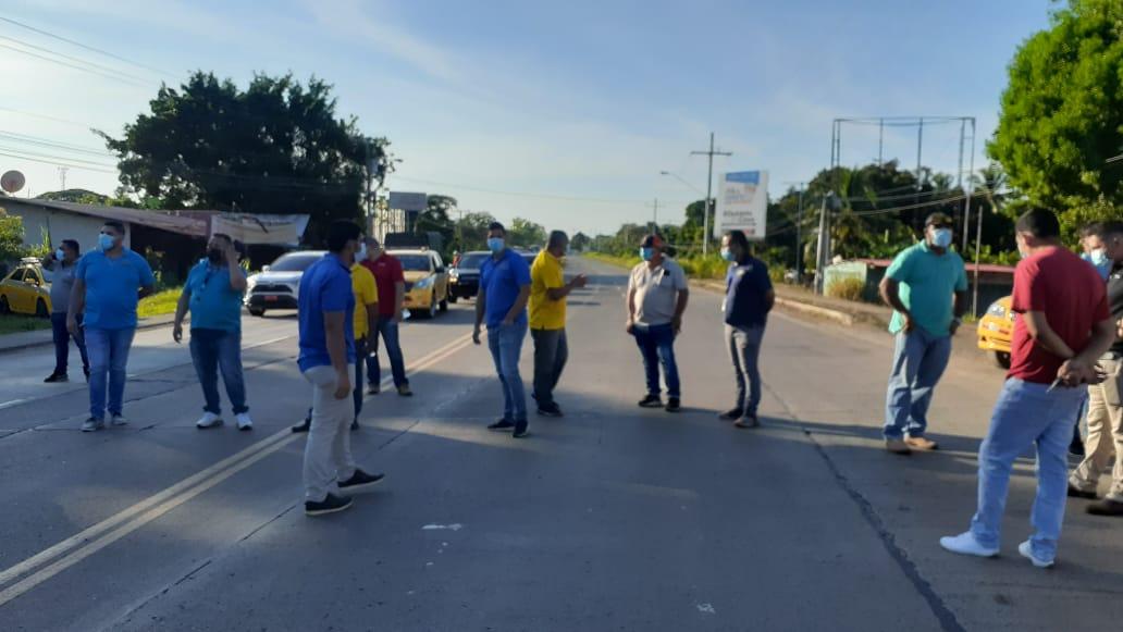 Taxistas herreranos exigen que se respeten los acuerdos de circulación de pares e impares