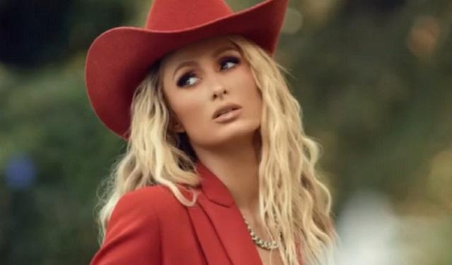 Paris Hilton dijo que no es justo que Britney no pueda tener control de su vida