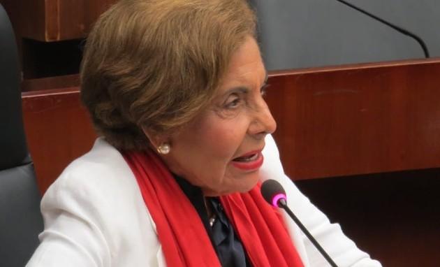 Diputada Mayín Correa propone mano dura contra líderes de sectas que violen la ley penal