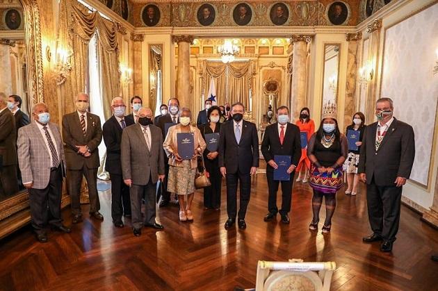 Presidente Laurentino Cortizo instala Comisión del Bicentenario