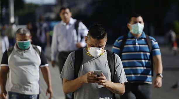 La economía de El Salvador se contrajo 9.3% hasta junio