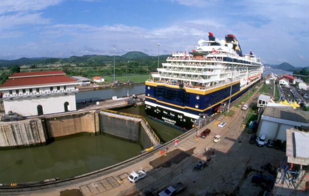 Canal de Panamá cierra año fiscal 2020 con 475 millones de toneladas, 4% por debajo a lo proyectado