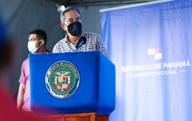 Laurentino Cortizo se hace pasar por un 'gringo de Texas' en visita encubierta a Bocas del Toro