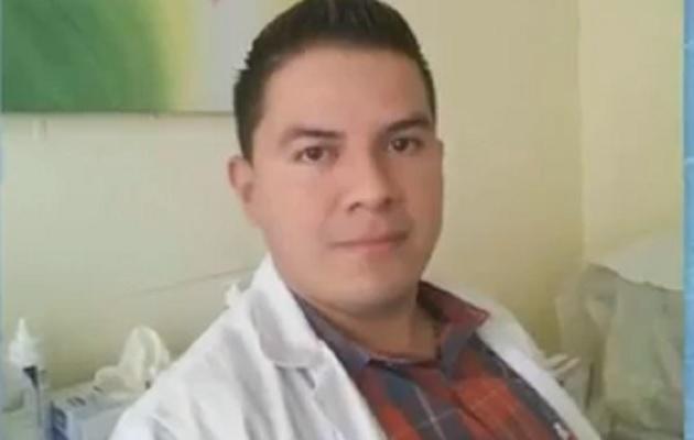 Habilitan cuenta para recaudar fondos para joven médico contagiado de COVID-19