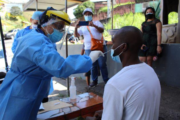 Toque de queda se mantiene en Bocas del Toro y Chiriquí, mientras que este jueves se registran 15 muertes por COVID-19