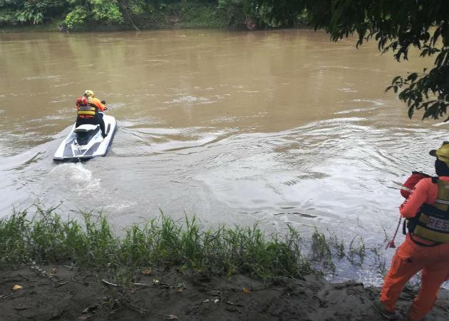 Mujer discapacitada desaparece en las aguas del río Chiriquí Viejo en Divalá