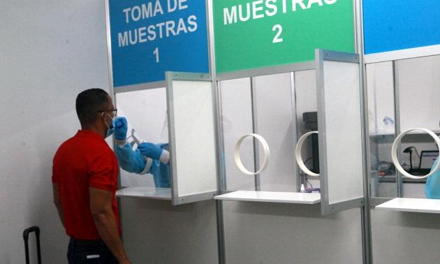 Única prueba de antígeno certificada por la FDA se realiza en el Aeropuerto de Tocumen
