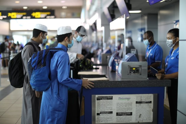 Detectan en el aeropuerto de Tocumen al primer viajero que llega a Panamácon la COVID-19