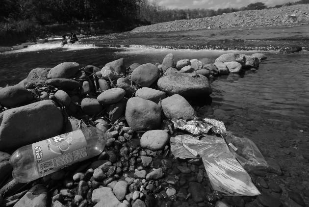 Nuestro planeta nos reclama a diario su sentir. Con nuestra indiferencia, día a día lo estamos destruyendo. Foto: Archivo. Epasa.