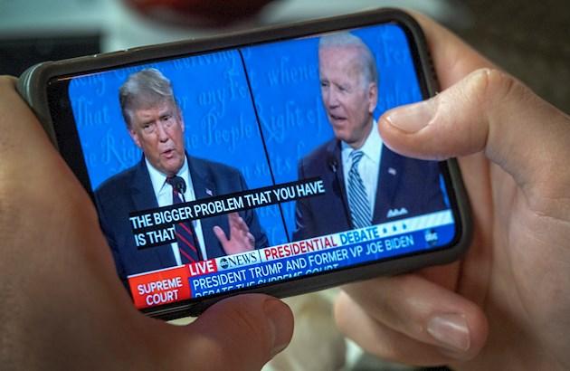 Donald Trump y Joe Biden compiten en tertulias separadas en lugar de debate