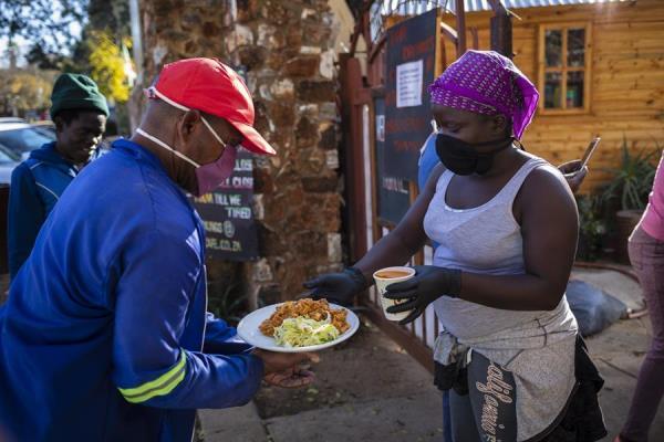 El papa Francisco señala que 'el hambre no es sólo una tragedia sino una vergüenza'