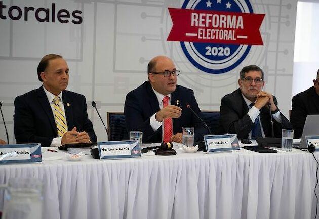 CNRE aprueba primeros artículos del paquete de reformas electorales para las elecciones de 2024