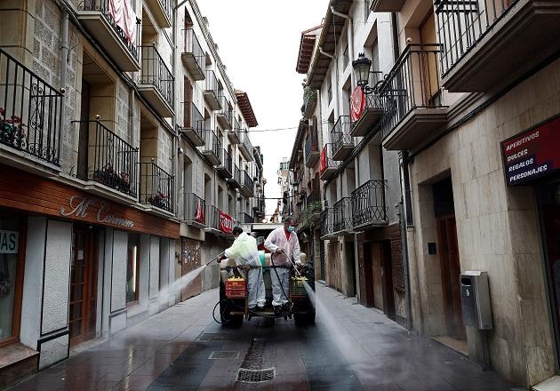 Autoridades españolas aumentan restricciones, ante la rápida expansión de la COVID-19