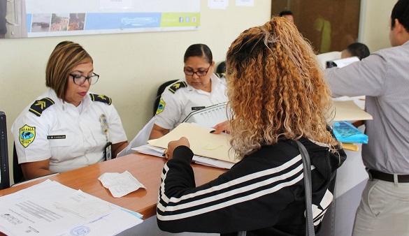 Alrededor de mil cartas de naturalización están en trámites en el Servicio Nacional de Migración