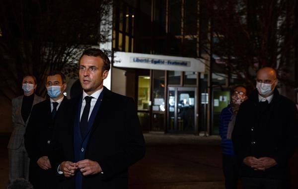 El Gobierno francés anuncia la preparación de un plan de acción contra los radicales islamistas