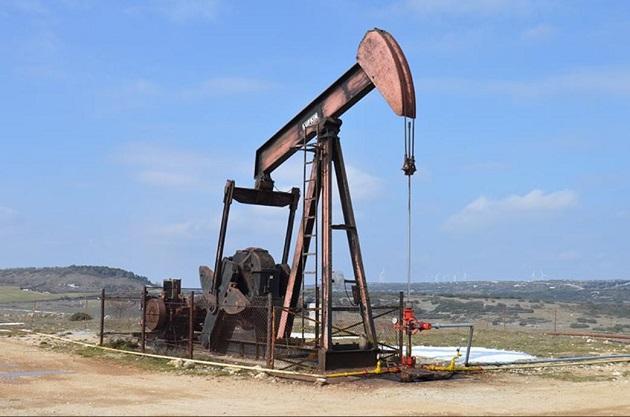 El actual nivel de demanda no permite abrir más los grifos de petróleo. EFE