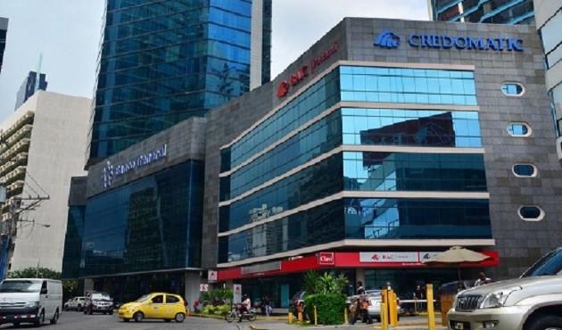 Bancos reducen sus operaciones en Panamá