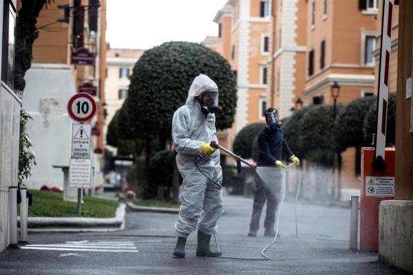 Italia aplica el toque de queda en las dos regiones más pobladas para frenar el avance del virus