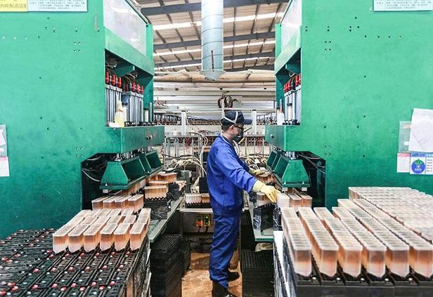 La actividad industrial china se desacelera ligeramente en octubre