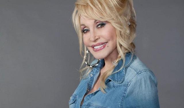 Dolly Parton donó $1 millón para un estudio de la vacuna de la COVID-19