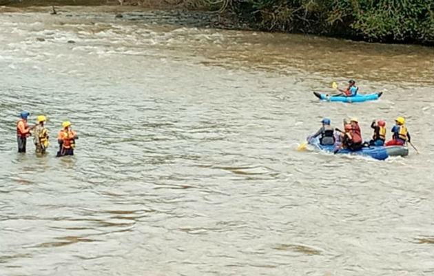Miembros de la Fuerza de Tarea  Conjunta hallan restos humanos, se presume que sea menor desaparecido en la comarca