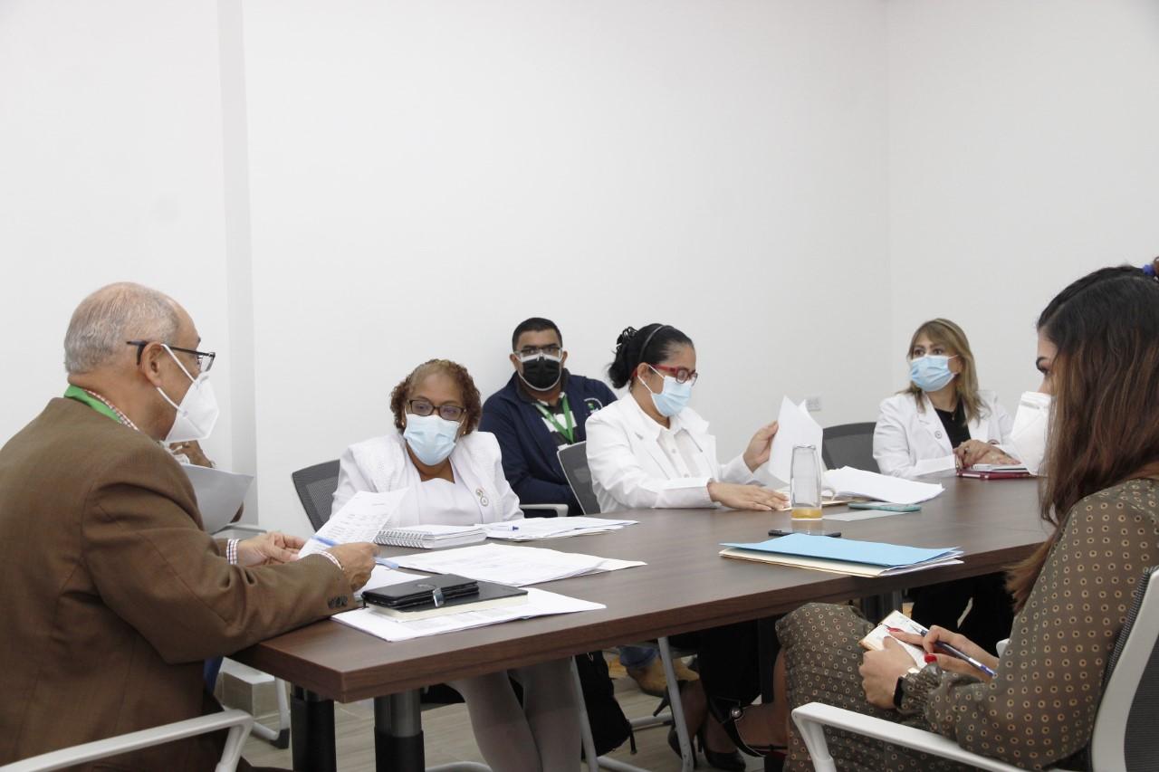Minsa renovará contrato a todo personal de salud contratado por COVID-19